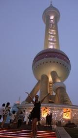 Perlele Orientului, una mai luminoasa ca alta
